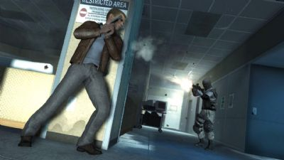 MI6 CONFIRMS ACTIVISION'S 007 STATUS QUANTUM OF SOLACETM VIDEO GAME MAKES RETAIL DEBUT - 1552 Quantum of Solace   Airport