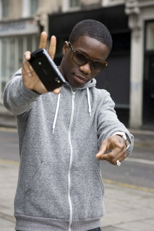 Tinchy Stryder and Jameela Jamil launch world's first PlayStation certified smartphone - 3602 3